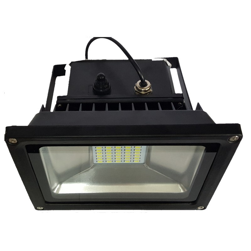 Luminaria led solares 15w con panel solar exteriores y for Luminarias de jardin exterior